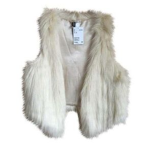 Cute H&M White Faux Fur Vest Size 4 NWOT